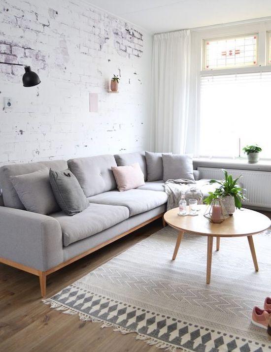 Scandinavian Living Room: Chic Rustic Decor