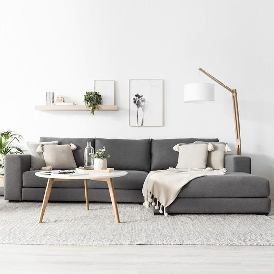 Scandinavian Living Room: Chic Neutral Decor