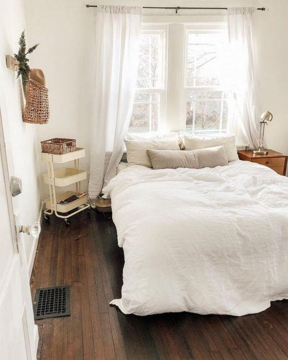 Simple Bedroom Ideas: Warmly Bright Nuance