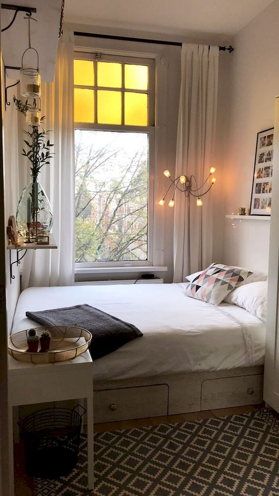 Simple Bedroom Ideas: Stylish Cozy Decor