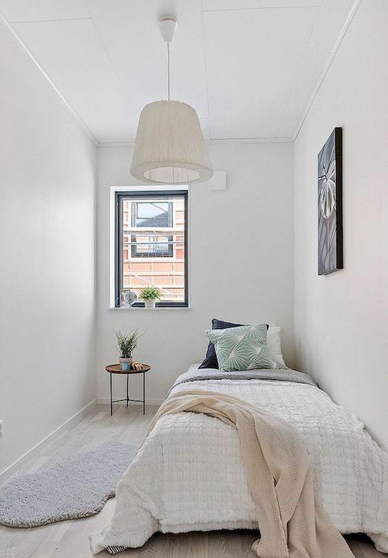 Simple Bedroom Ideas: Chic Minimalist Decor