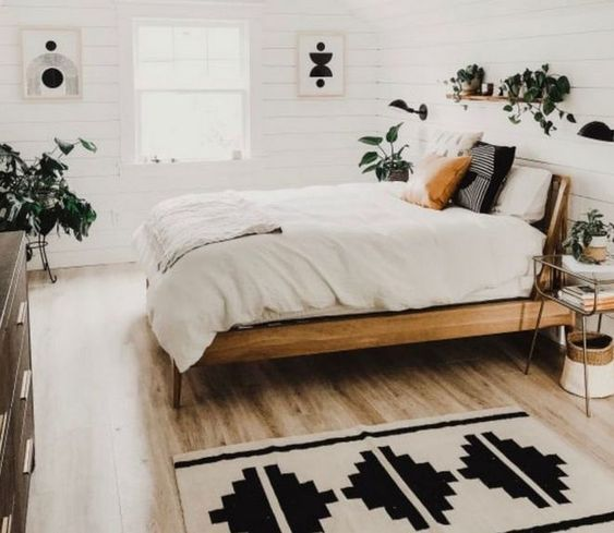 Wood Bedroom Ideas: Earthy Bright Decor