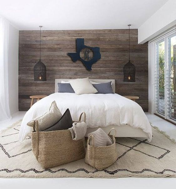 Wood Bedroom Ideas: Chic White Decor