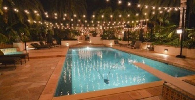 Swimming Pool Decorations: 25+Easy DIY Ideas on a Budget