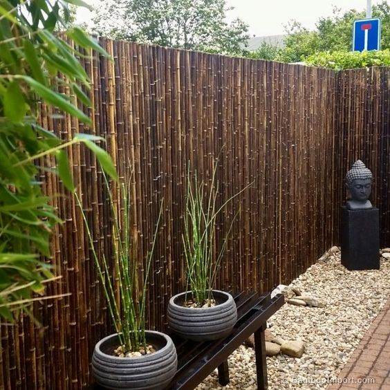 Bamboo Fence Ideas: Chic Earthy Decor