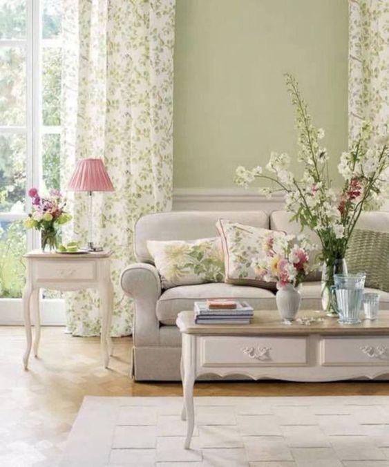 Shabby Chic Living Room: Freshly Chic Decor
