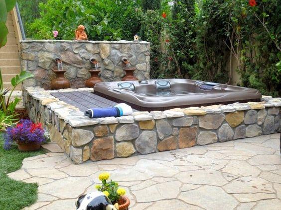 Sunken Hot Tub: Earthy Rocky Design
