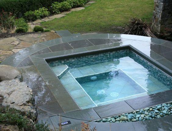Sunken Hot Tub: Stunning Modern Design