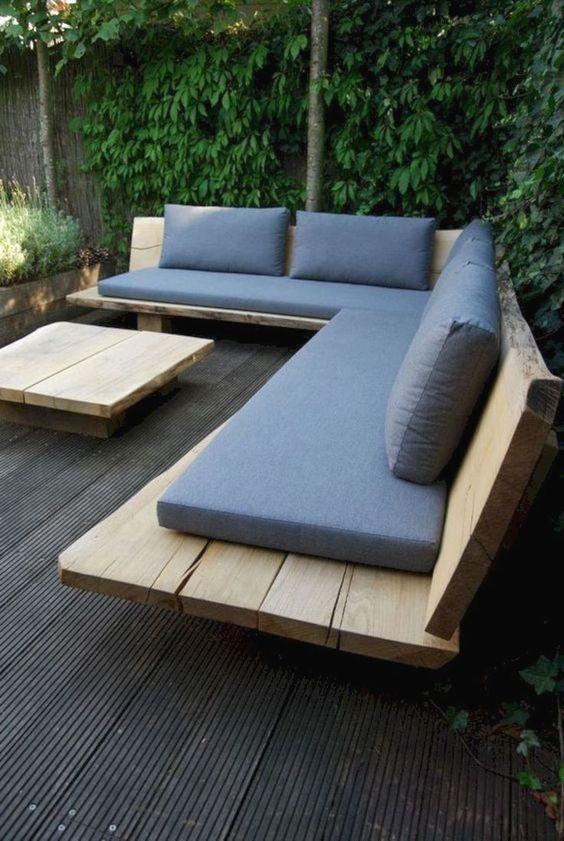 Small Backyard Ideas: Minimalist Earthy Decor