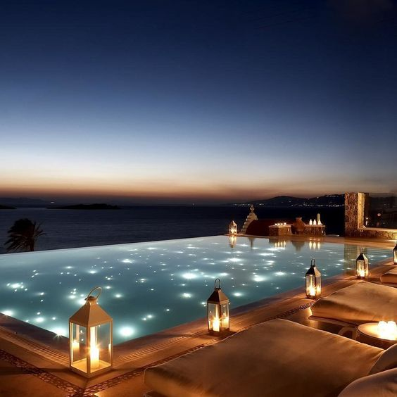 Swimming Pool Lighting Ideas: Enchanting Contemporary Design