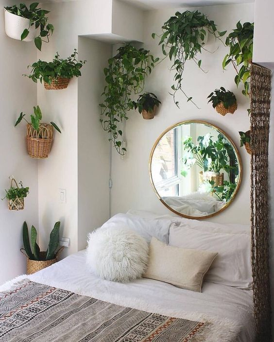 Bedroom Decoration Ideas: Fresh Natural Decor