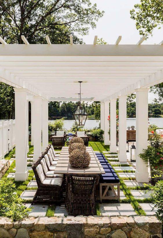 Backyard Dining Ideas 19