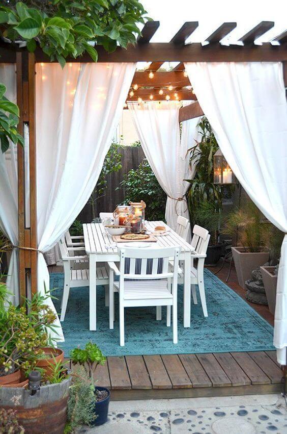 Backyard Dining Ideas: Simply Cozy Design