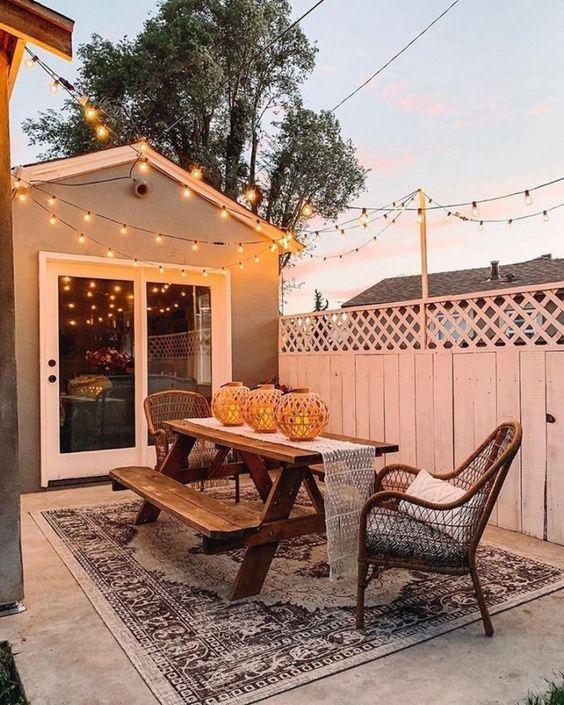 Backyard Dining Ideas: Gorgeous Vintage Design