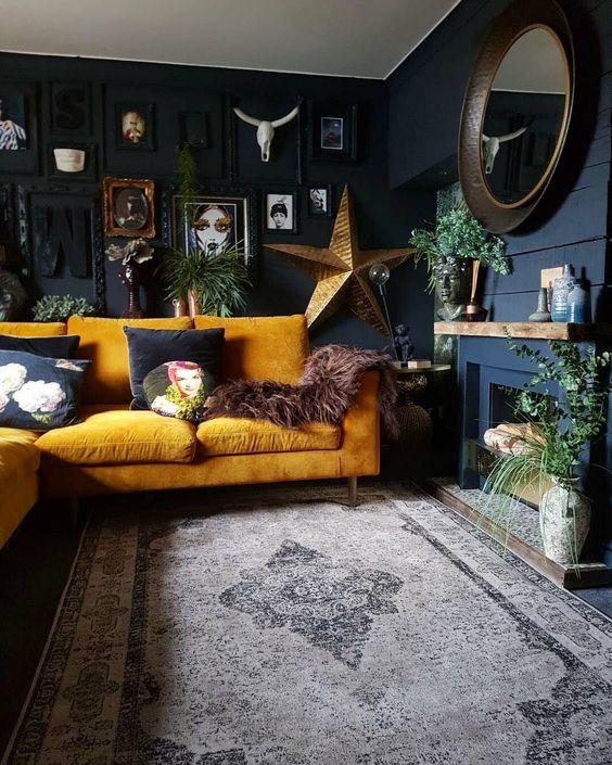 Elegant Living Room Ideas: Festive Bold Decor