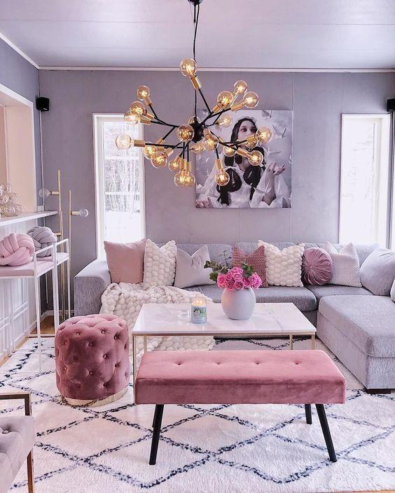 Elegant Living Room Ideas: Chic Feminine Decor