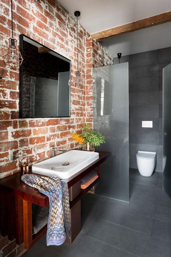 Industrial Bathroom Ideas: Catchy Transitional Decor