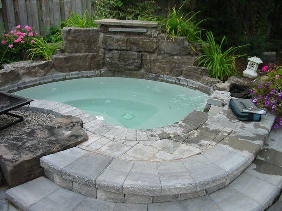 Luxury Hot Tub 17