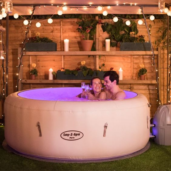 Luxury Hot Tub 9