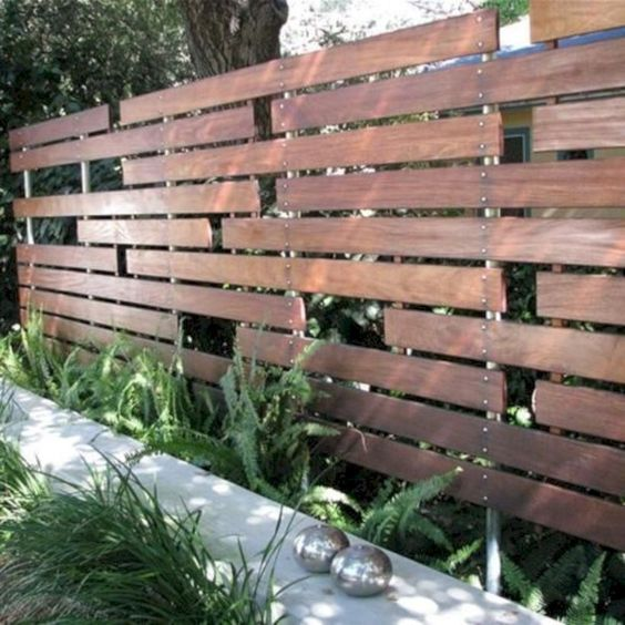 Simple Fence Ideas: Stunning Modern Design