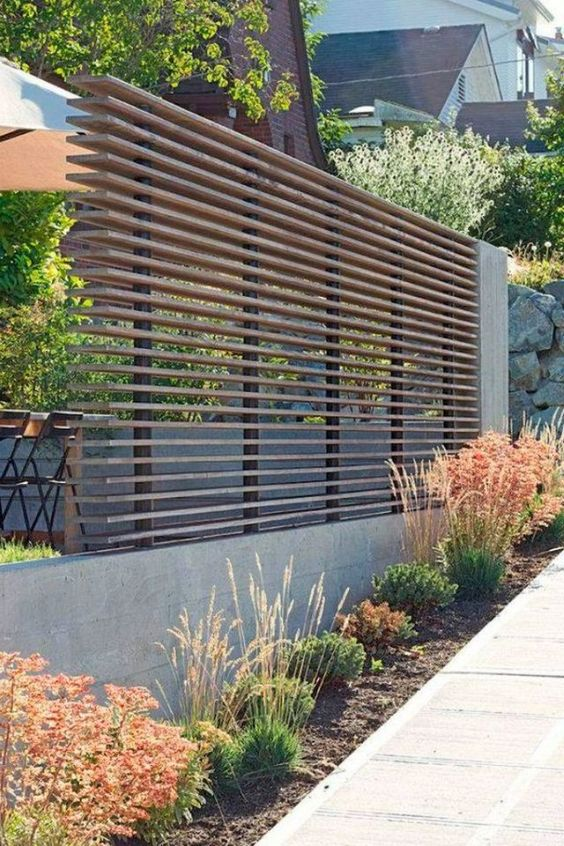 Simple Fence Ideas 15