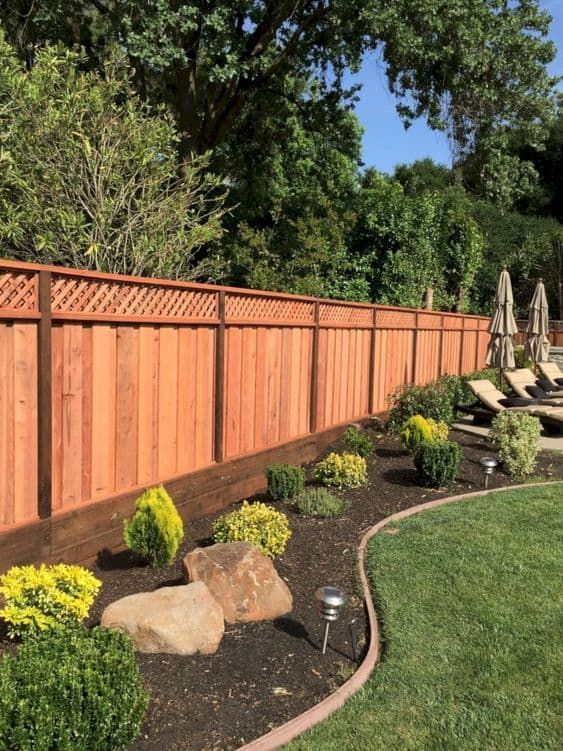 Simple Fence Ideas 16