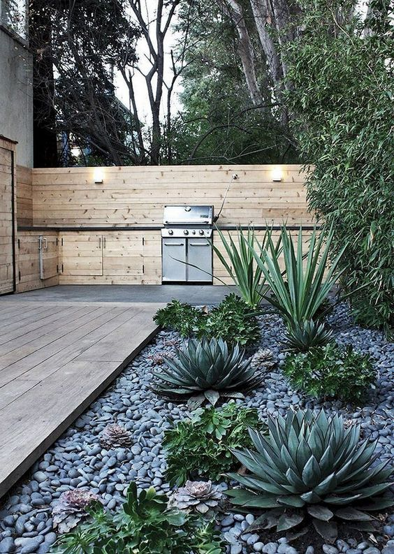 Patio Landscaping Ideas: Elegant Earthy Design