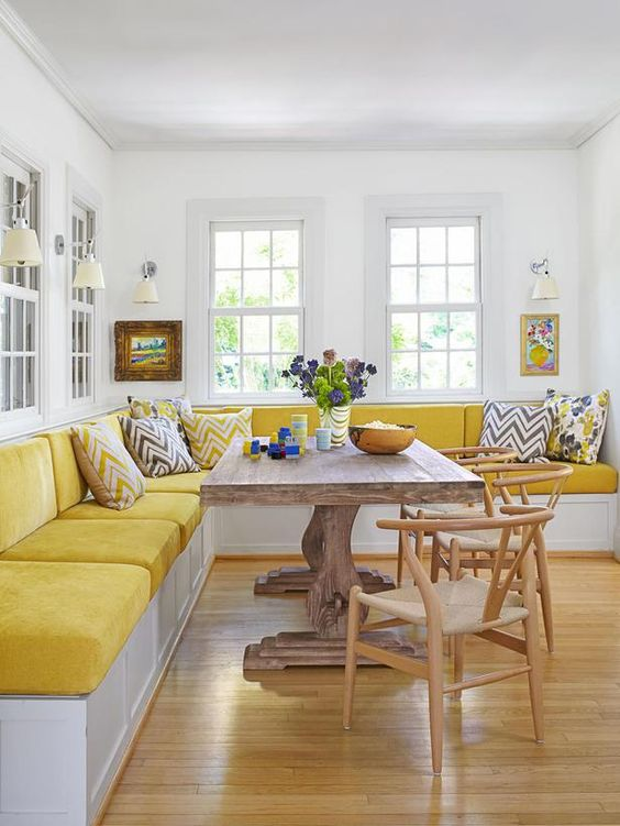 Dining Room Bench Ideas: Spacious Bright