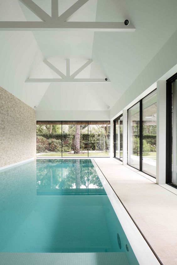 Indoor Swimming Pool Ideas: Minimalist Bright Pool
