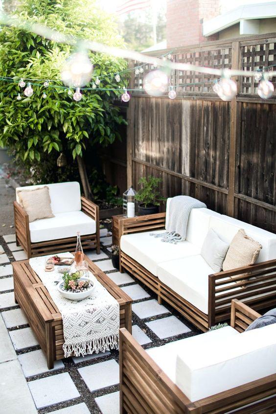 Patio Seating Ideas: Elegant Outdoor Area