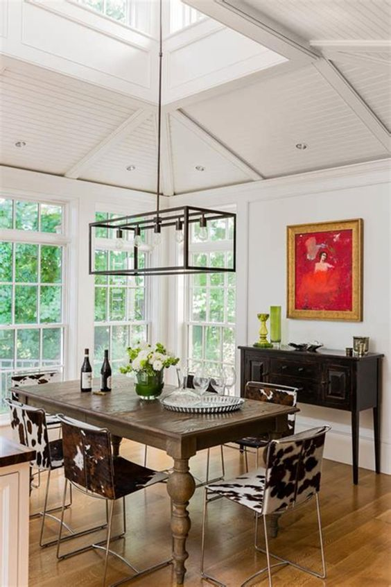 Dining Room Lighting Ideas: Chic Farmhouse Chandelier