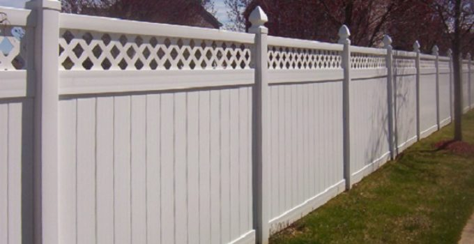 how to install a vinyl fence feature