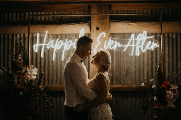 Neon Lights: How They Perk up up Your Wedding Ceremony