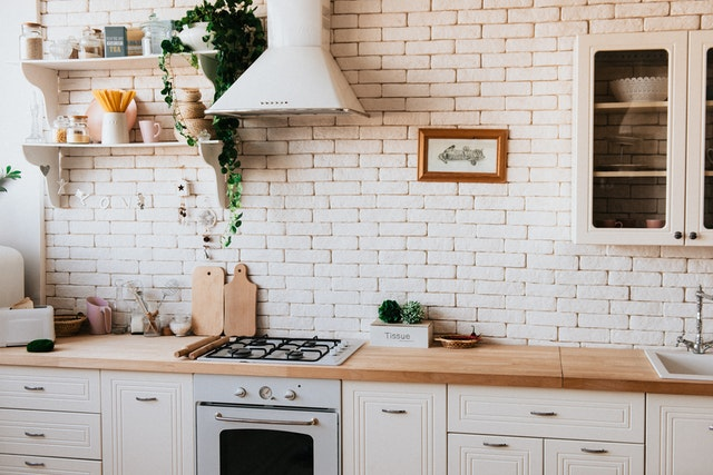 How to Arrange Your First Kitchen on a Budget