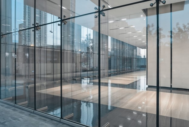 Things you should know while choosing the right glass for your construction project