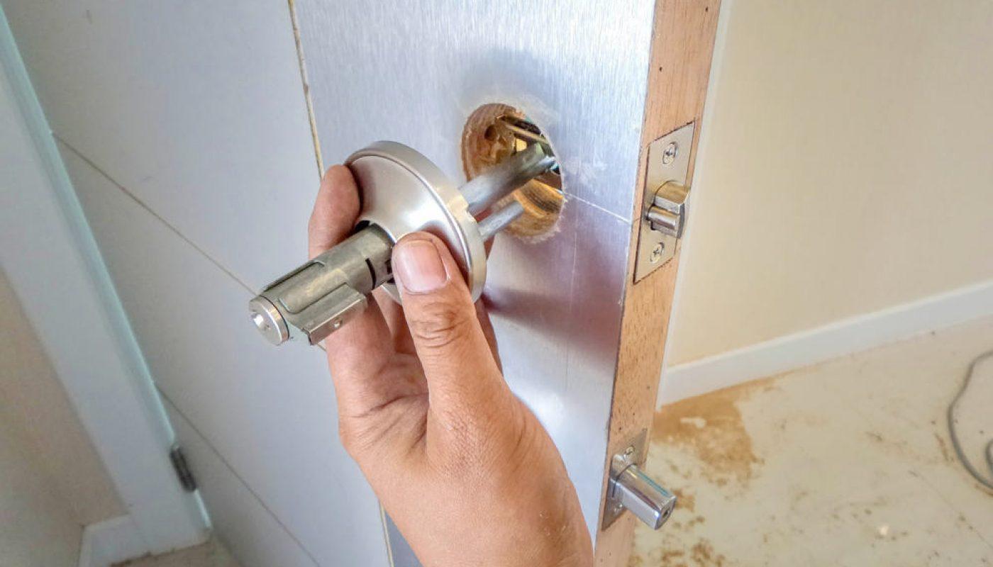 How to Unlock Bedroom Door without Key 3