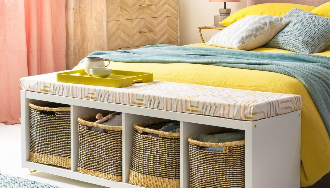 How to Arrange a Small Bedroom with a Queen Bed 5