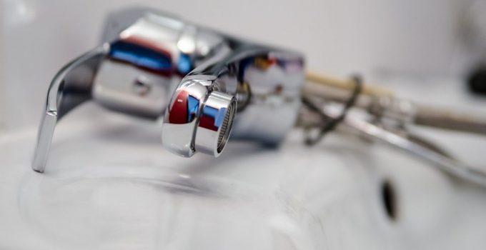 How to Clean Bathroom Sink Drains