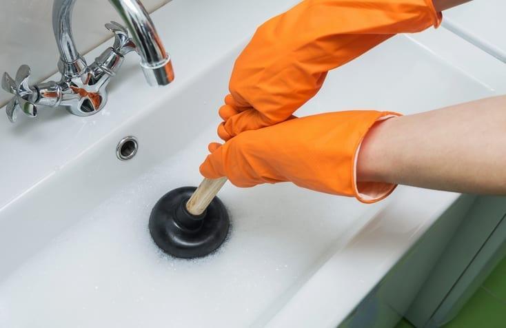 How to Clean Bathroom Sink Drains 7
