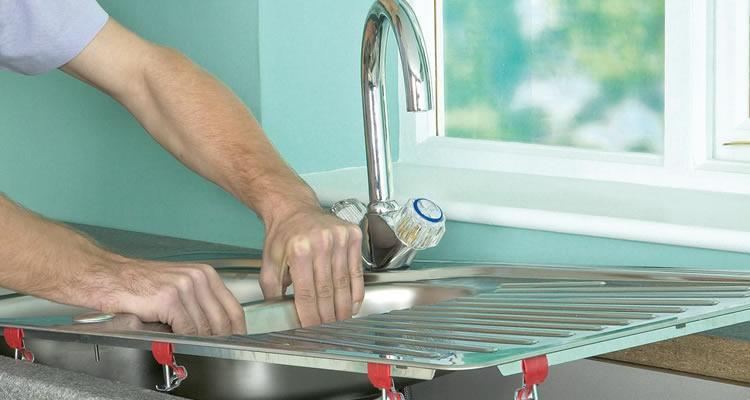 How to Replace a Kitchen Sink 2