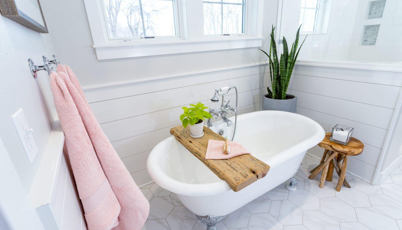 6 Inexpensive Décor Ideas For Your Bathroom