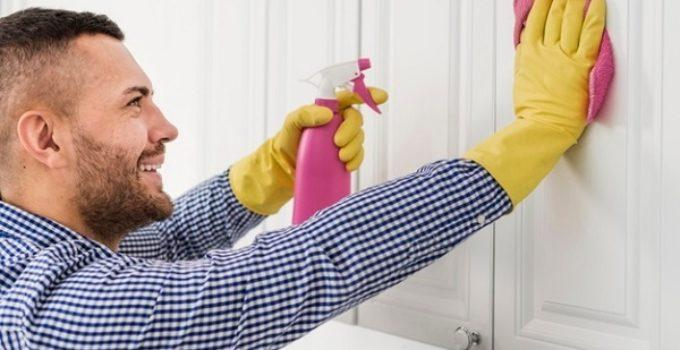 How to Clean a Kitchen Cabinet Thoroughly in No Time with 7 Steps