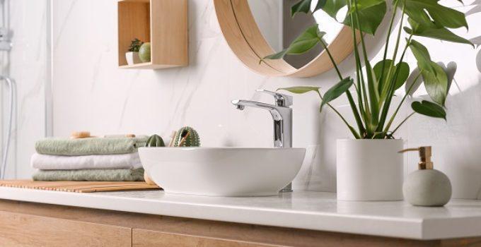 Frameless Glass Shower Doors: 5 Bathroom Renovation Trends In 2021