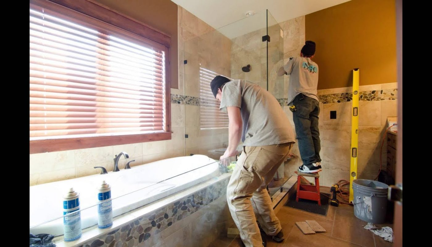 How to Remove Bathroom Tile 1
