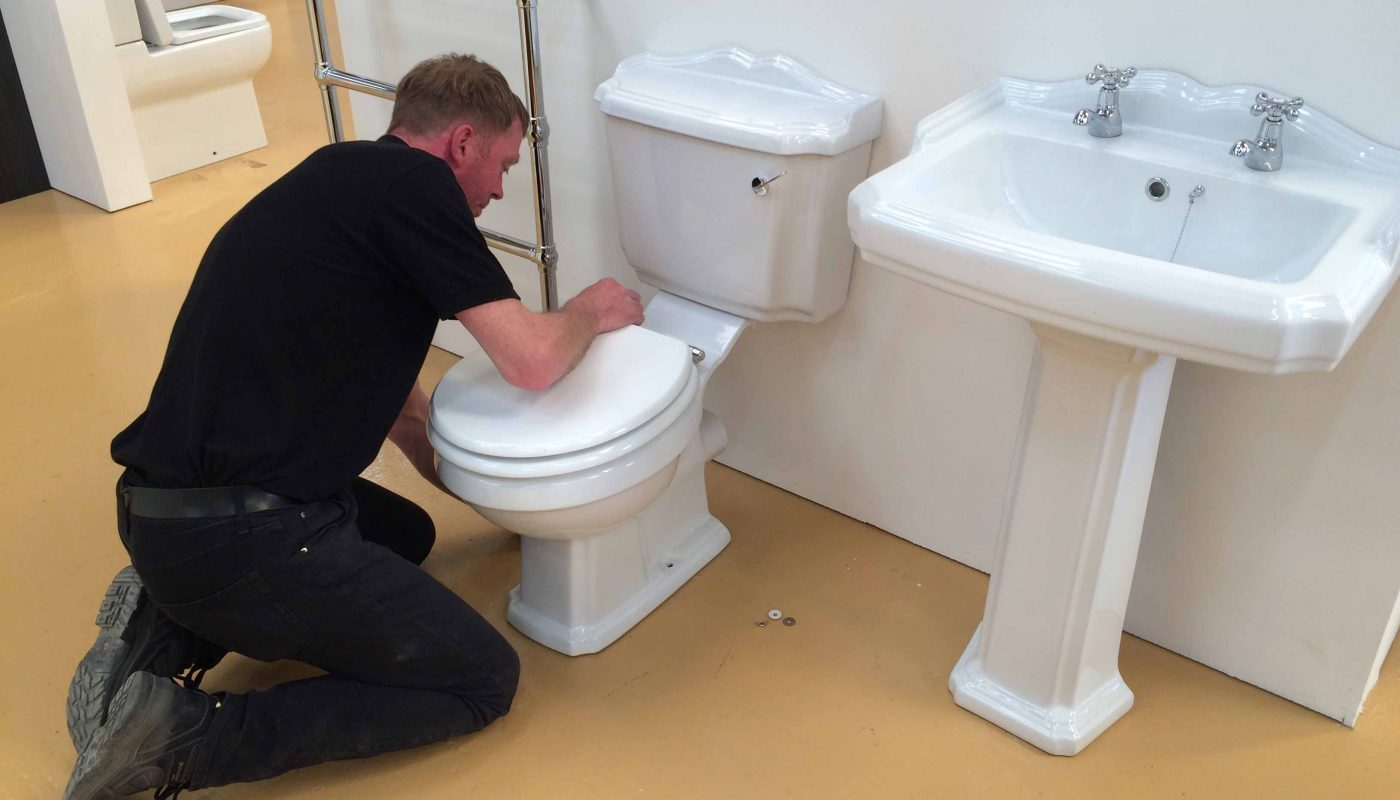 How to Remove Bathroom Tile 2