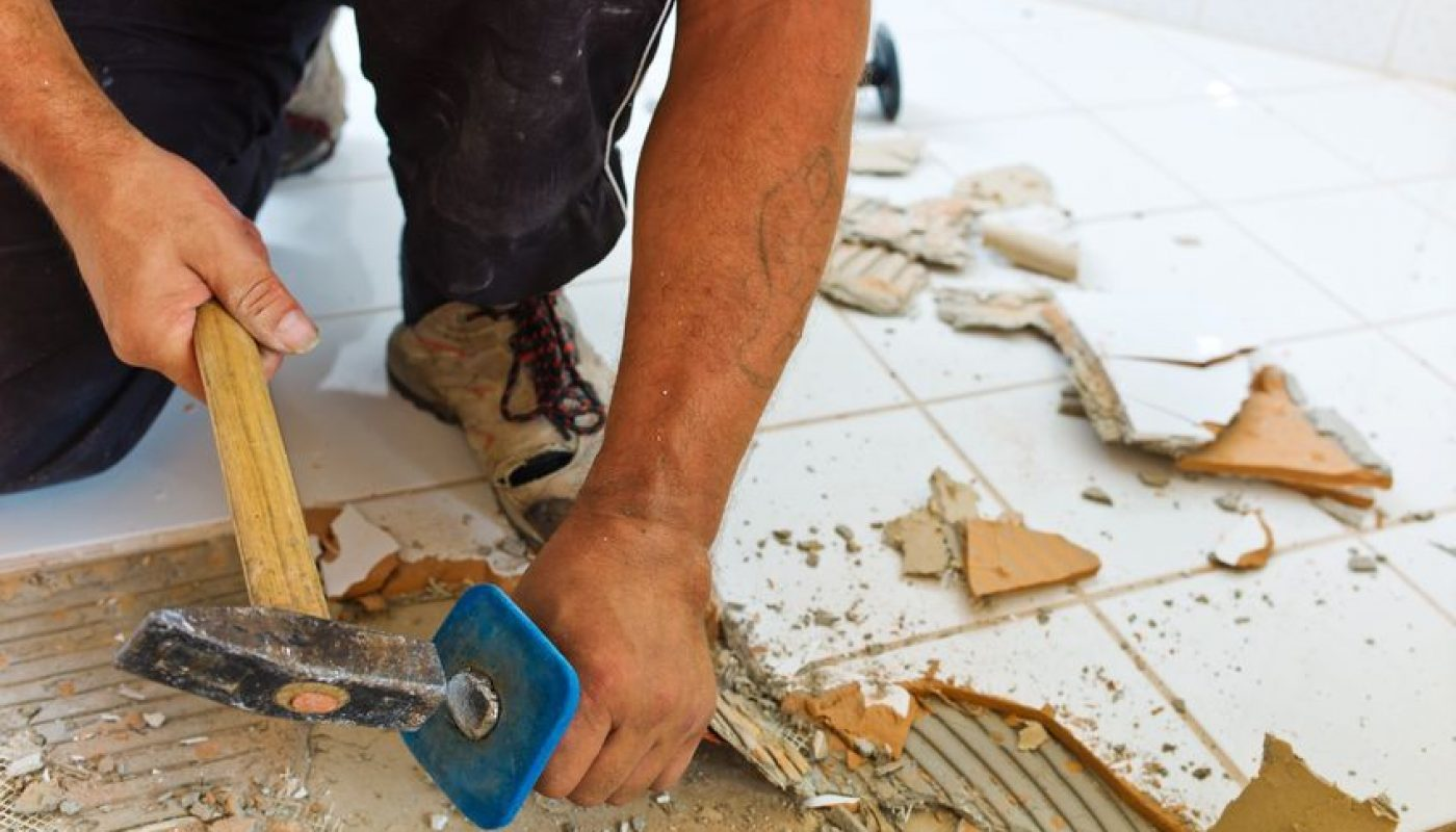 How to Remove Bathroom Tile 3
