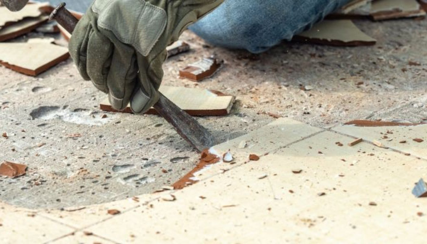 How to Remove Bathroom Tile