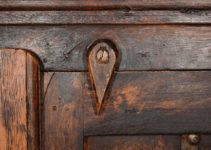 Here's 5 Quick Guides On How to Stain Kitchen Cabinets