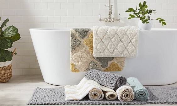 how to choose bathroom rug color