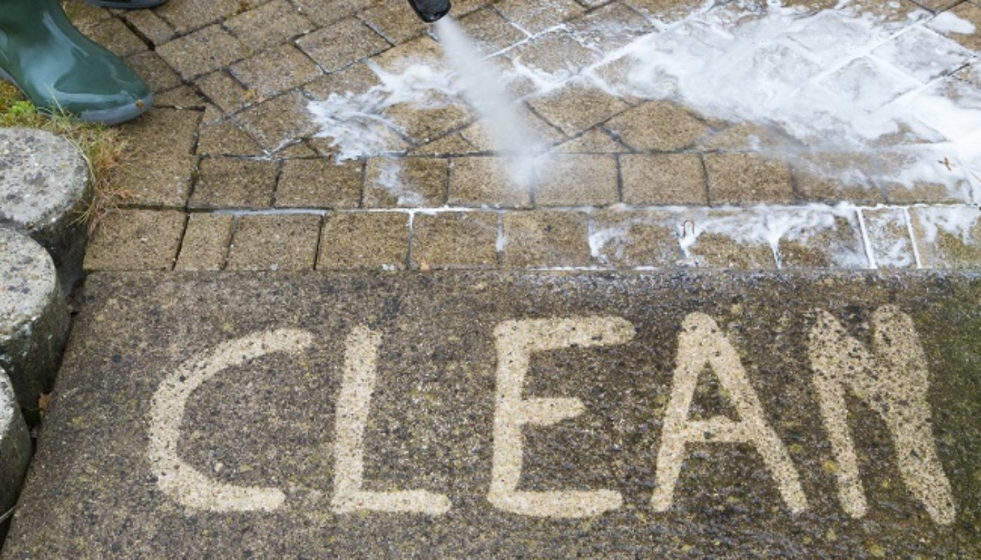 5 Reasons To Avoid DIY Pressure Washing Your Home's Exterior
